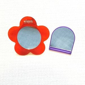 Cute Mirrors. Great for Travel